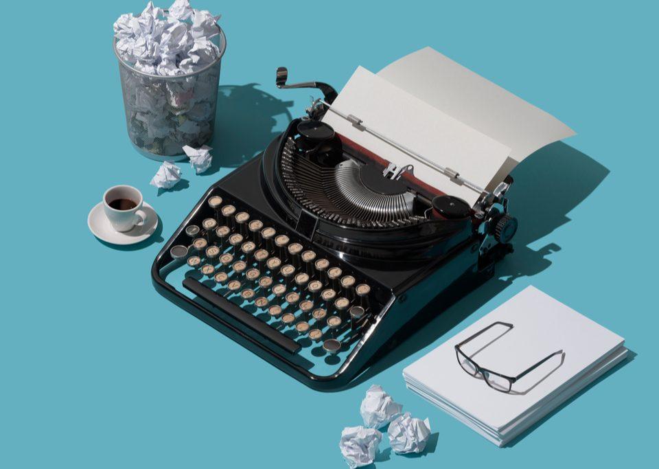 Creare CV greșeli care te pot costa în fața angajatorului