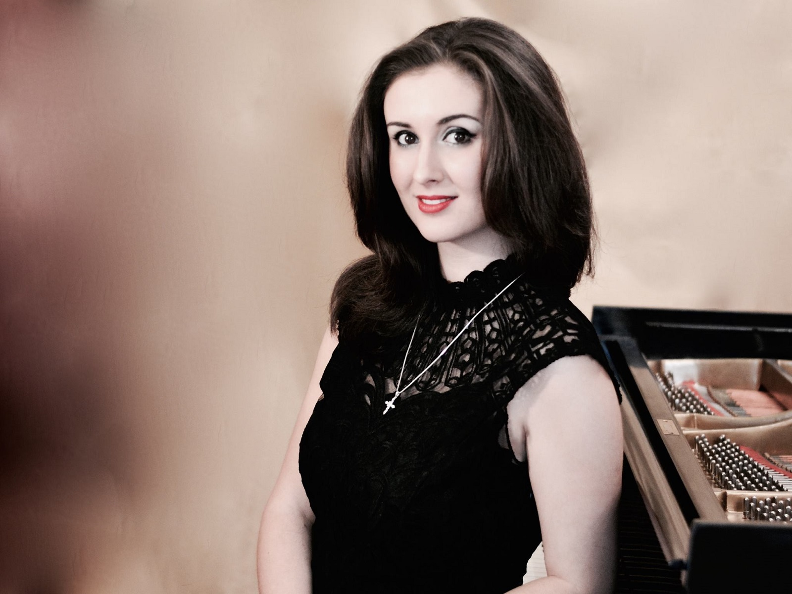 Sînziana Mircea: Este un mit că nu poți trăi din muzică