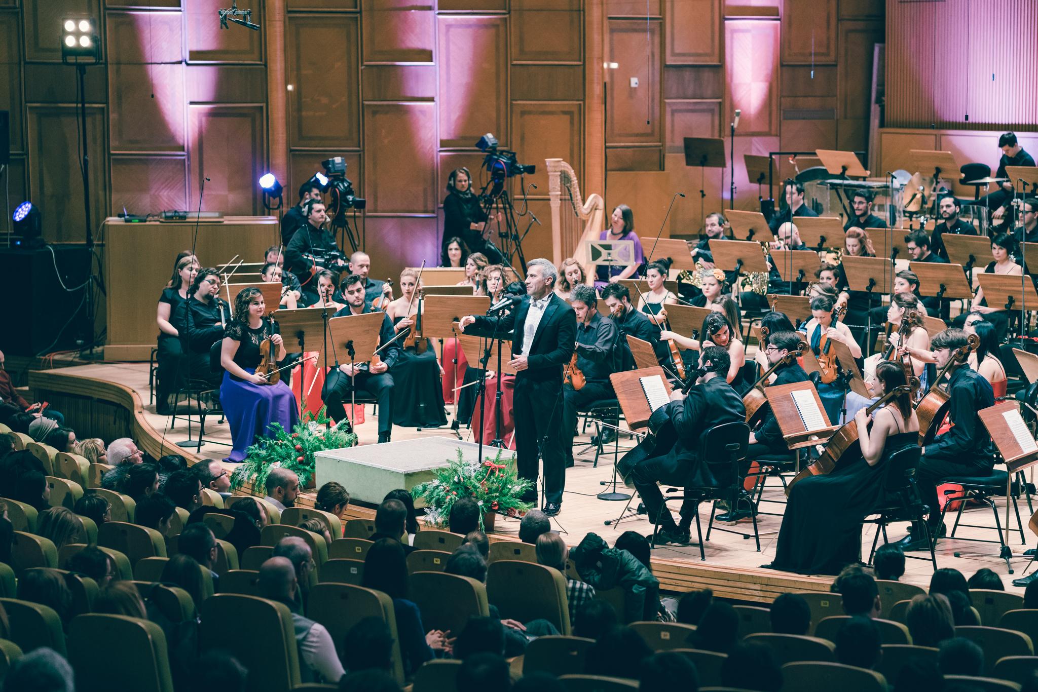Concert organizat de Fundația Calea Victoriei, cu participarea dirijorului Tiberiu Soare