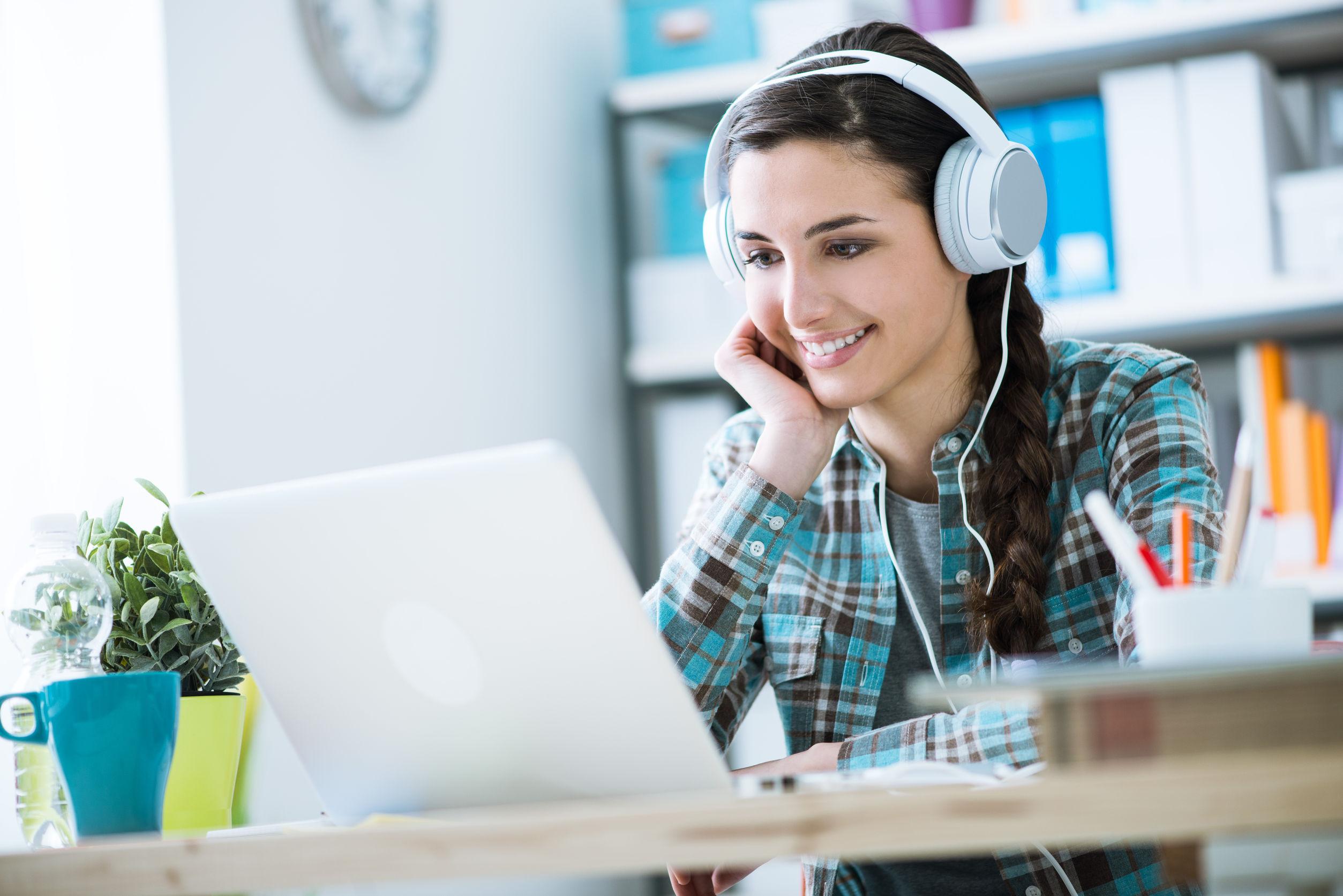 5 abilități pe care le poți învăța din cursuri online
