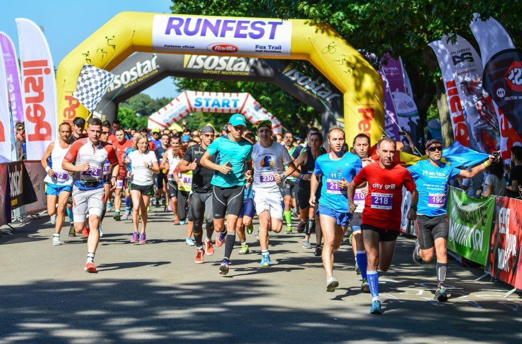 RUNFEST_FOX TRAIL Half Marathon_start_foto Ovidiu Salavastru