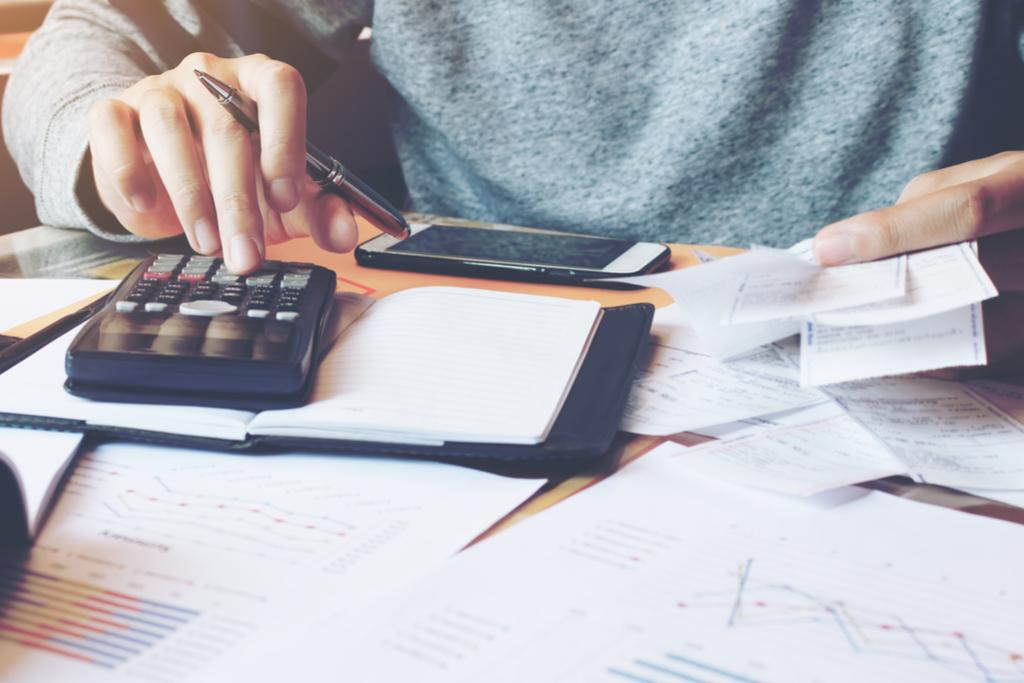 Ce trebuie să știi despre taxa de solidaritate și trecerea CAS și CASS de la angajator la angajat