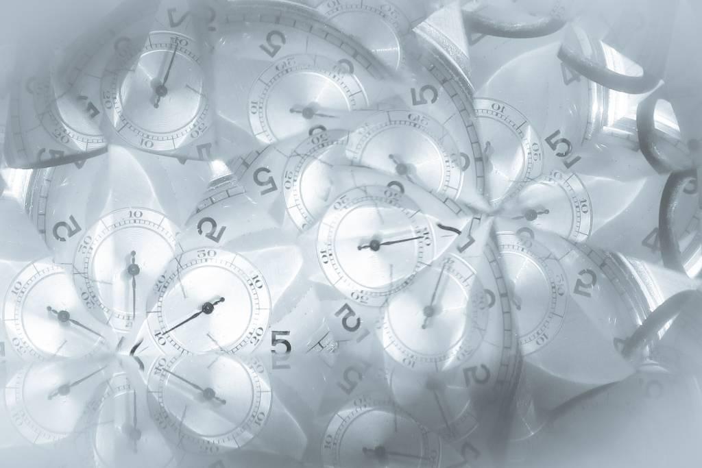 Stiai ca timpul de munca este de cel mult 90 de minute